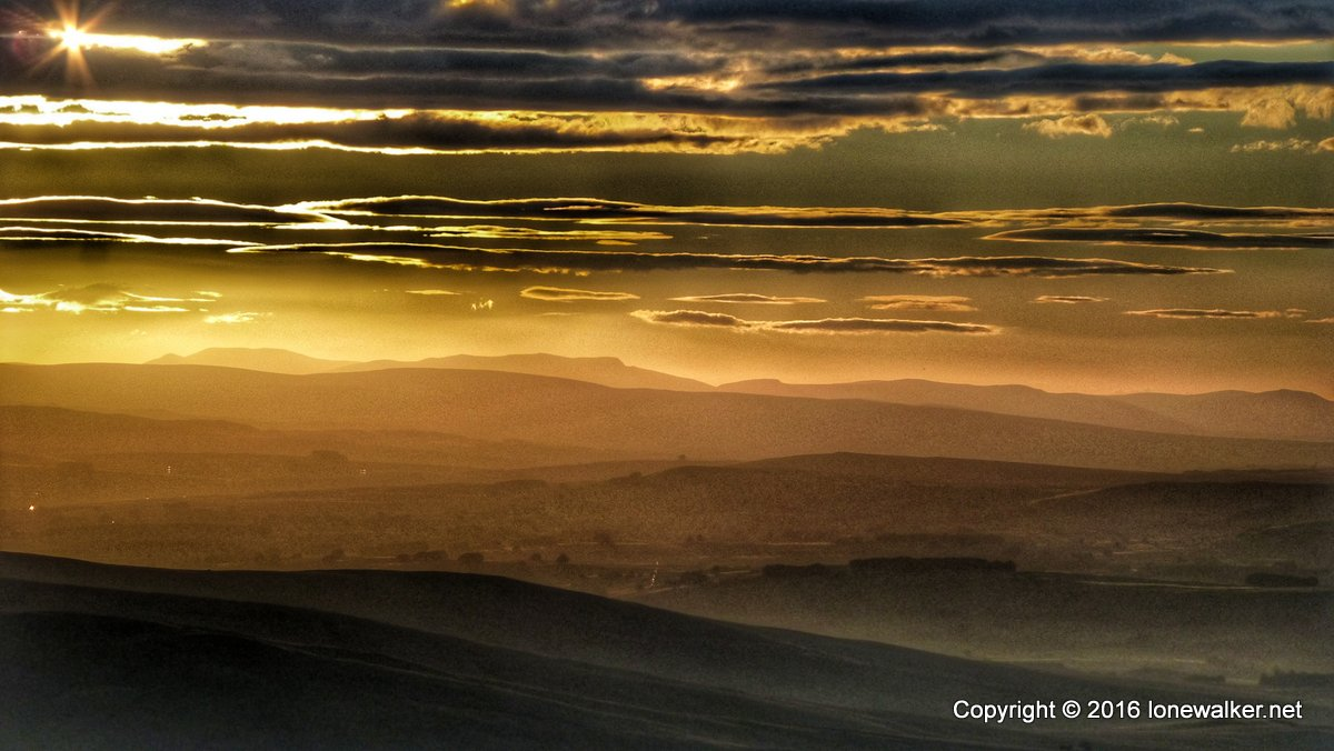 Sun setting over the Howgills, from Sand Tarn