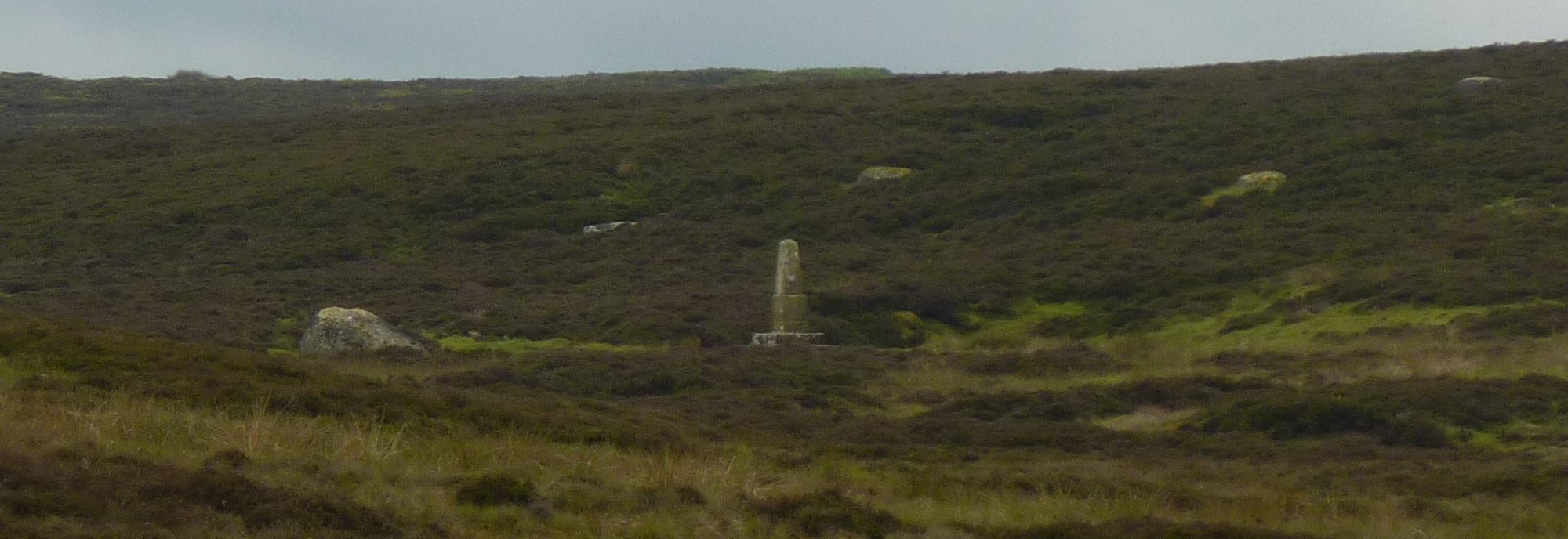Long zoom onto Black Dub monument
