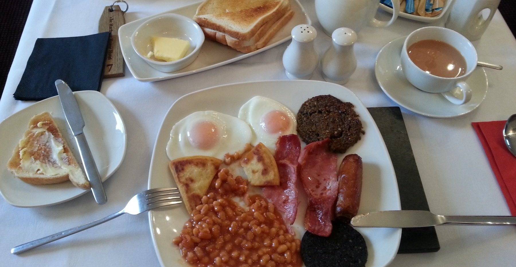 Excellent breakfast at Harbour House Hotel