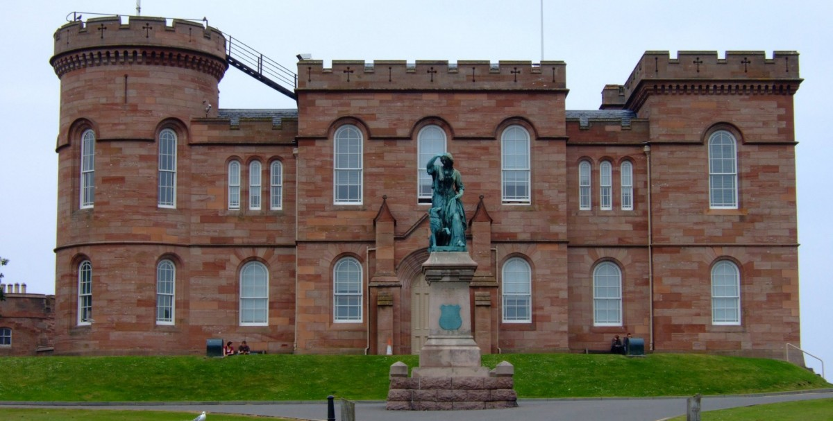 Inverness Castle and journey's end
