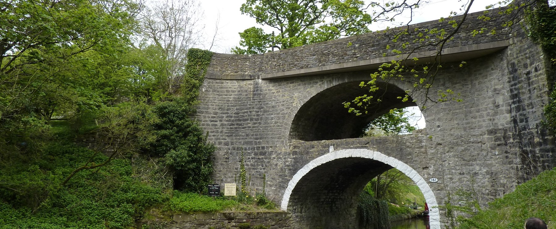 Double-arch bridge on the Leeds-Liverpool canal