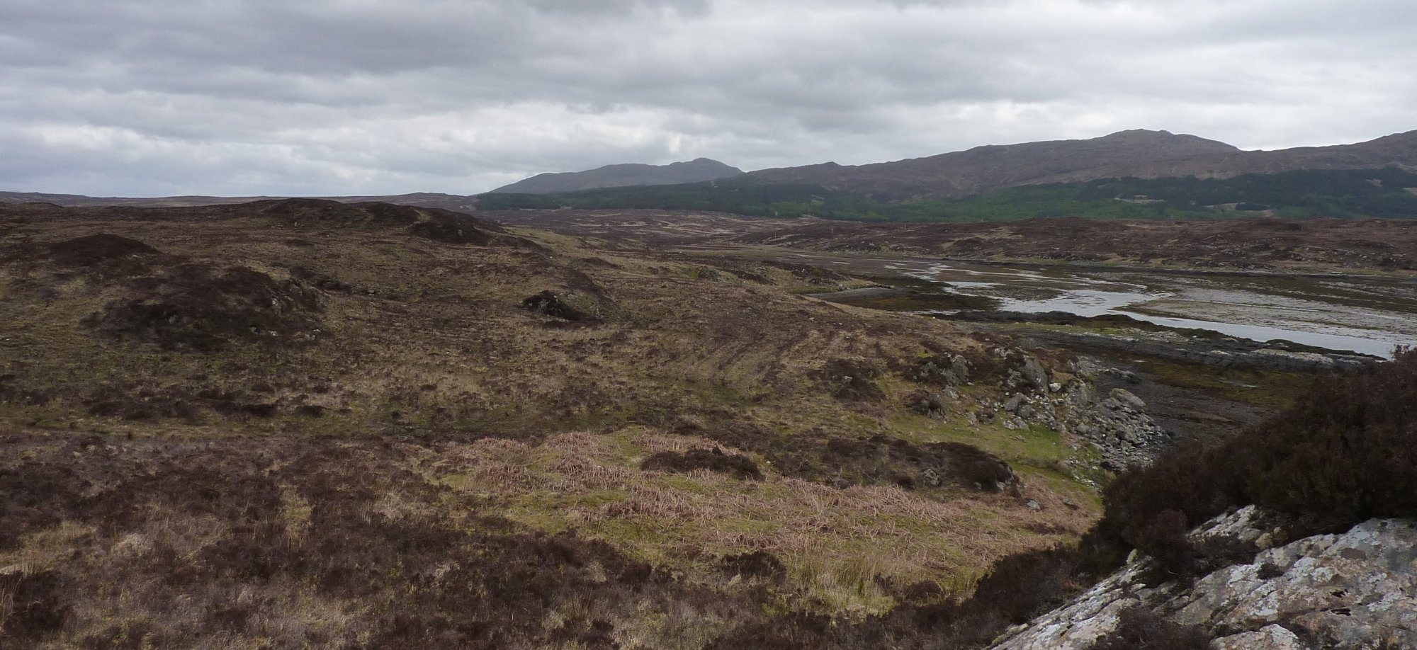 Looking ahead to the head of Loch Eishort and the river crossing that could cause me problems