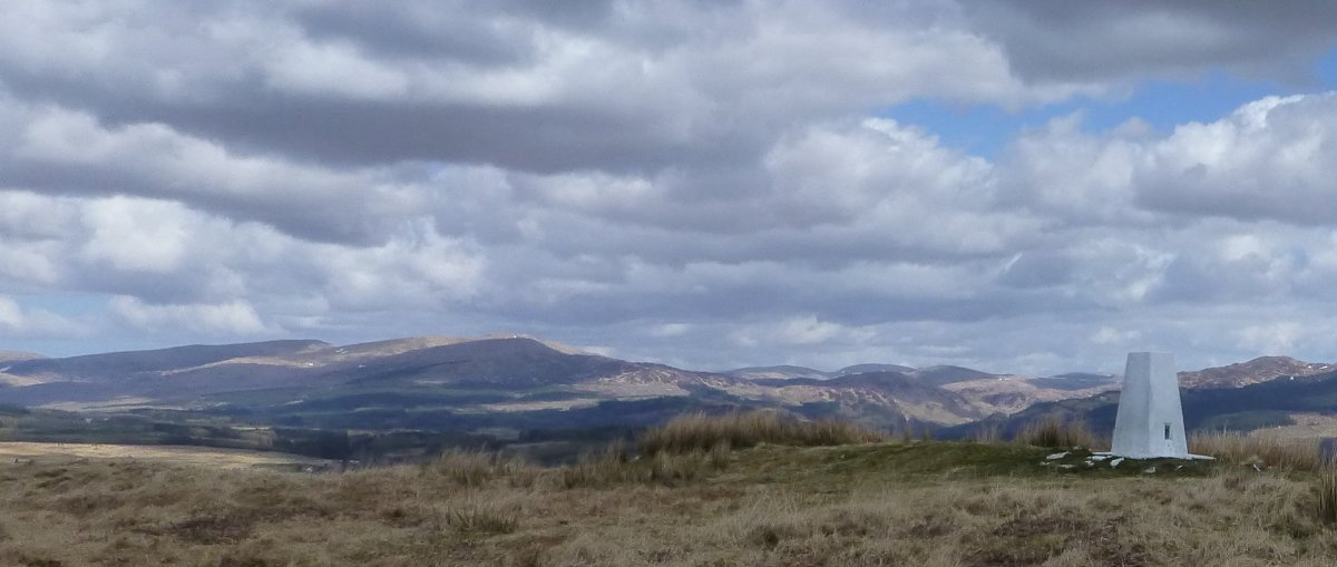 Trig point on Hill of Ochiltree