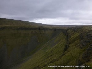 High Cup - from the path around the southern lip